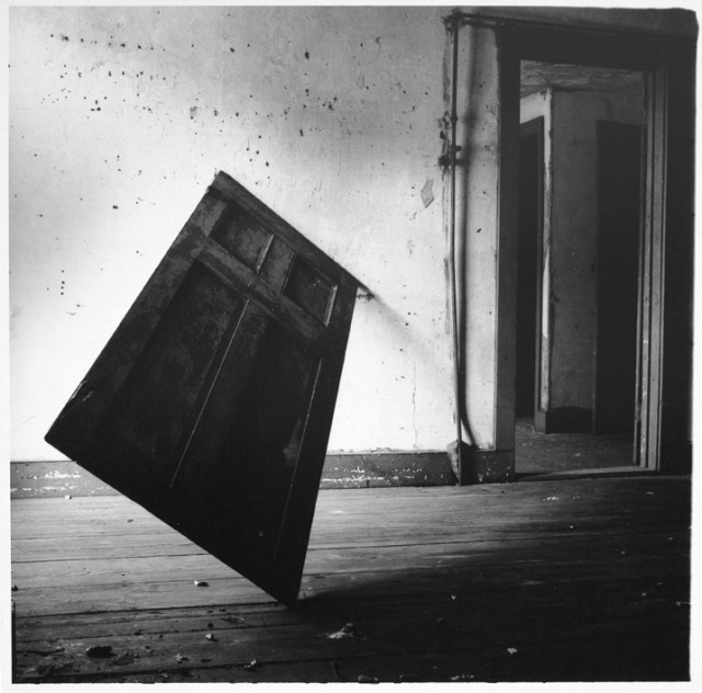 Untitled, Providence, Rhode Island 1976 gelatin silver estate print, edition 2 of 40 25.4 x 20.3 cm